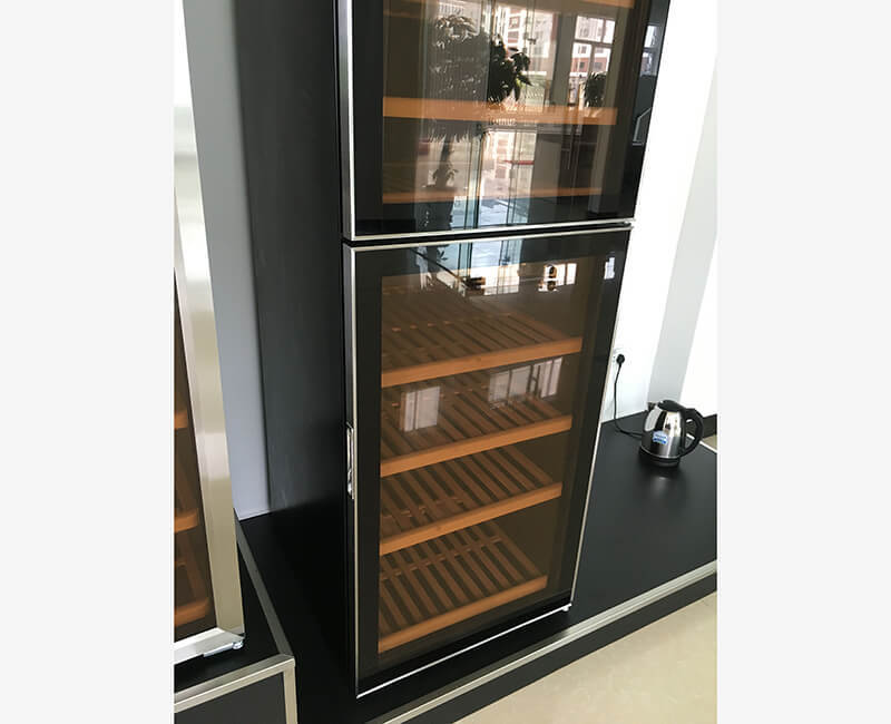 Products Display Cabinet