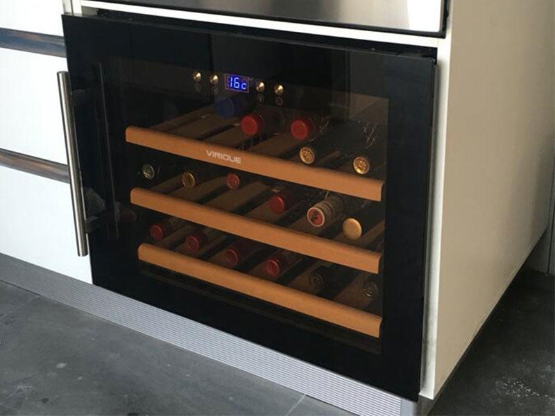 built in item 18 bottles wine cooler+10000pcs+Germany customers